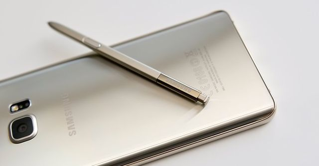TOP 5 most promising smartphones that are coming in 2016